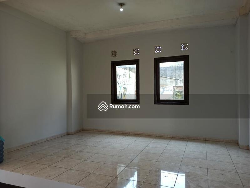 Rumah siap huni proses renovasi di Pancoran Jakarta Selatan #109268787