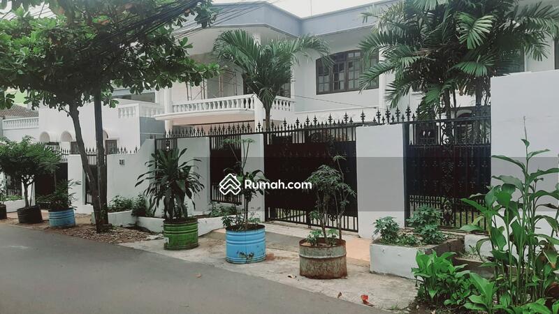 Rumah siap huni proses renovasi di Pancoran Jakarta Selatan #109268791