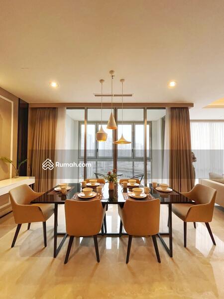 Disewakan Apartemen The Element, 3 Bed 2 Bathroom Luas 186 m2 Full Furnish #109282049