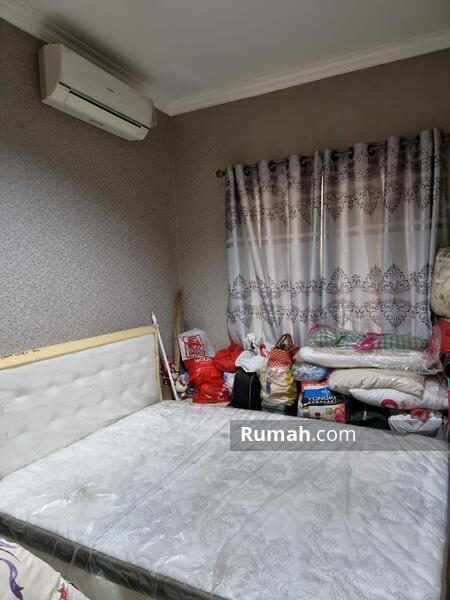 Dijual Rumah Bagus dan Siap Huni Daerah Jakarta Timur #109287873