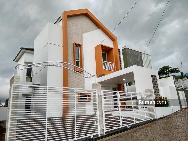Rumah Custom di Lembang #109327239