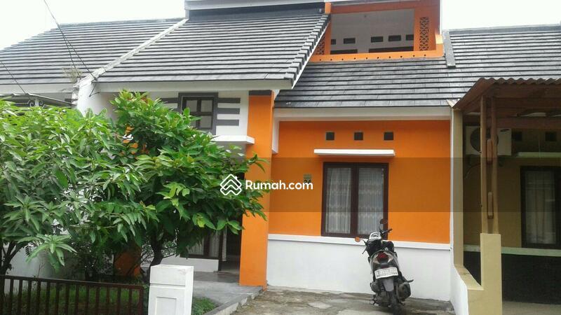 Rumah Dua Lantai di Metland Cileungsi #109337805