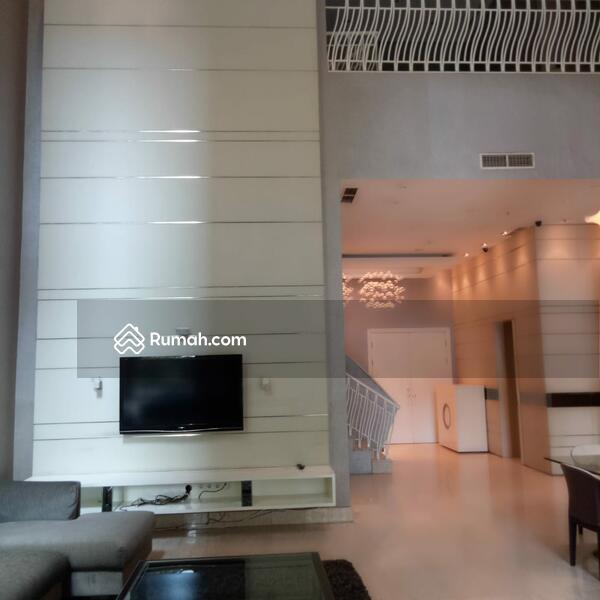 70535 Dijual Apartemen Pakubuwono Residence Tipe Townhouse 2lt Elegant Private Pool , Siap Huni #109341867