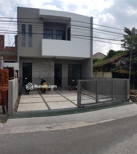 Rumah bangunan baru di bandung tengah buah batu #110113555