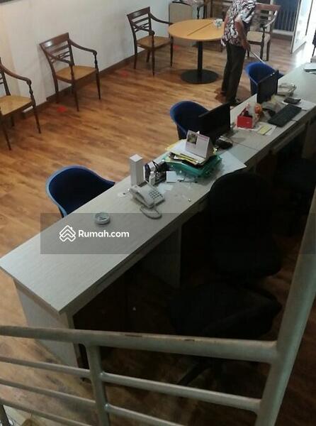 Ruko di Tanjung Barat Jakarta Selatan #109347943