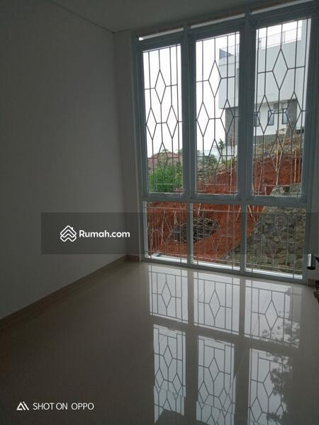 Rumah Impian Keluarga Dua Lantai Harga Satu Lantai #109351709