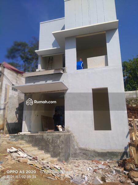 Rumah Impian Keluarga Dua Lantai Harga Satu Lantai #109351715