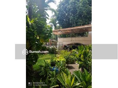 Dijual - *Dijual Rumah Taman Kebon Jeruk Intercon*  Lt : 450 m² Lb : 550 m² 2 lantai Kt : 8  Km : 5 PAM Hadap