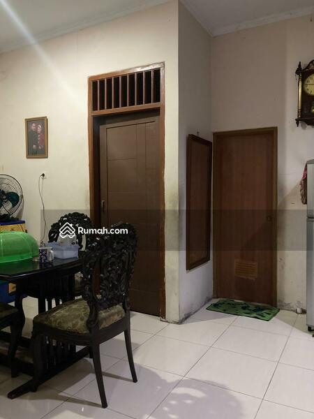 Rumah Bagus 2 Lantai Siap Huni di Klender Jatiwaringin Jakarta Timur  1,5 M #109362379