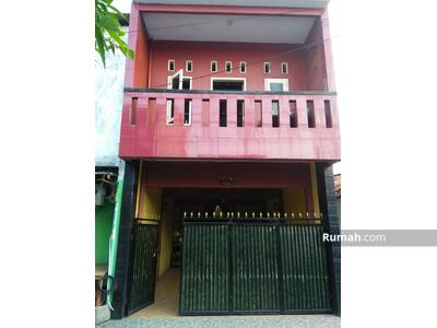 Dijual - Rumah Bagus 2 Lantai Siap Huni di Klender Jatiwaringin Jakarta Timur  1, 5 M