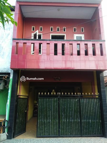Rumah Bagus 2 Lantai Siap Huni di Klender Jatiwaringin Jakarta Timur  1,5 M #109362385