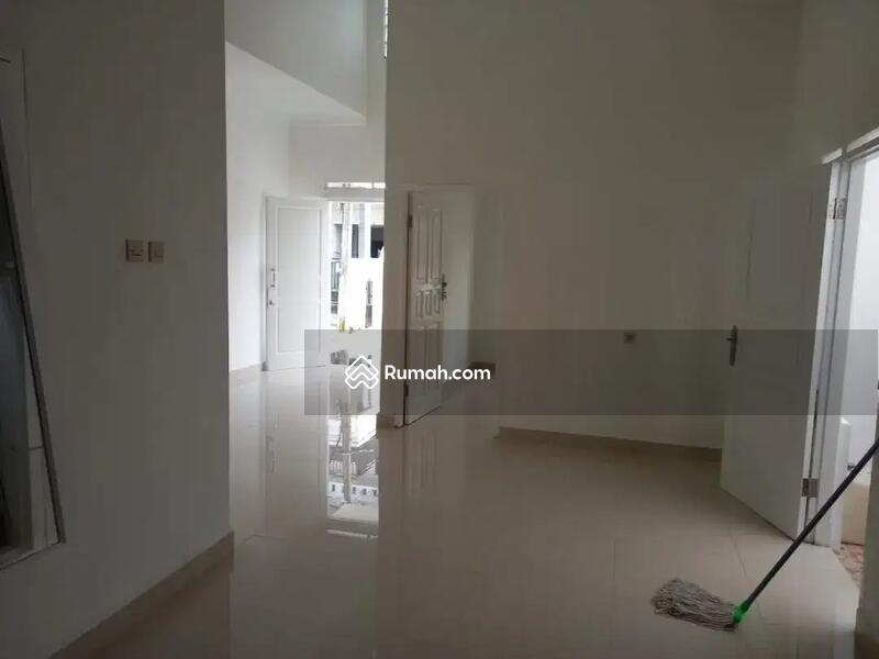 Rumah Cantik FRESH Lokasi Srtrategis di Bintara Jaya - Pondok Kelapa #109365797