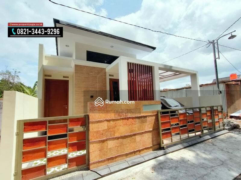 Rumah Di Jalan Kaliurang Km 9 #109401351