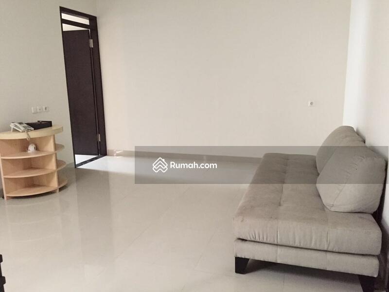 MURAH RUMAH MINIMALIS 3 LANTAI DI KOMPLEK SETRA DUTA BANDUNG #109442357