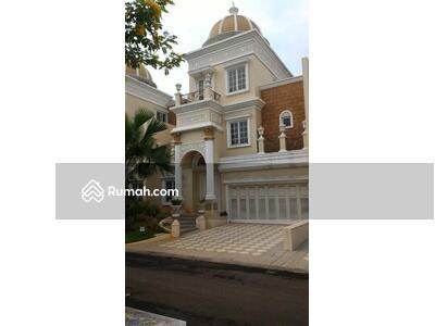 Disewa - 4 Bedrooms Rumah Gading Serpong, Tangerang, Banten