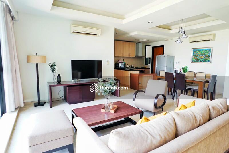 Disewakan Apartemen Setiabudi Residence 3 BR luas 147 m2 Full Furnish #109464275
