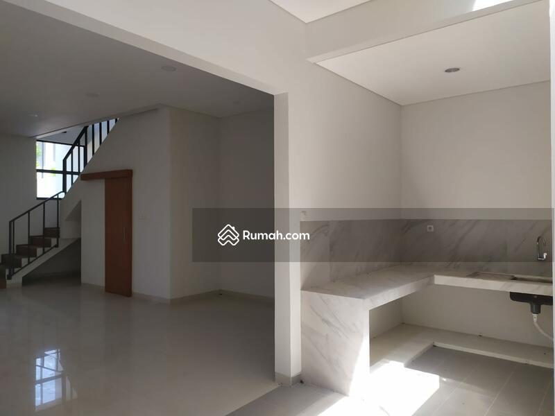 Dijual Rumah Setraduta Axia Bangunan Baru Nyaman Siap Huni #109467447