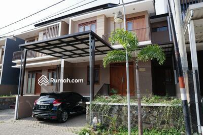 Dijual - Jual Rumah Konsep Bali di Ciwaruga Bandung