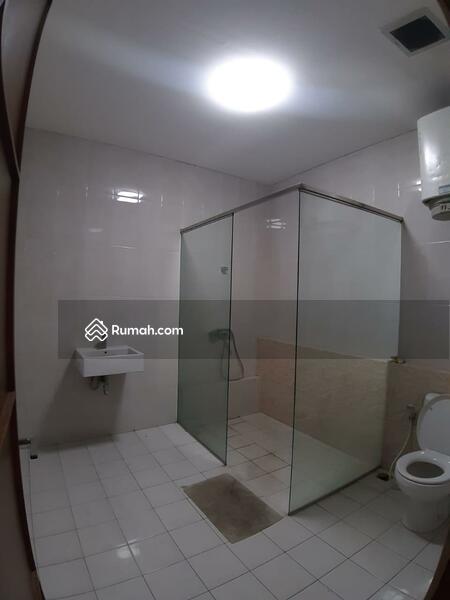 FOR SALE Rumah 2lantai di cluster favorite Singgasana Pradana.  DARMASAKTI #109561085