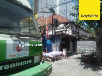 Dijual - Rumah SHM Dijual di Jalan Bunguran, Surabaya