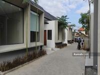 Dijual - Rumah di Cisaranten