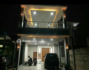Dijual - Rumah Bagus 2 Lt FULL FURNISHED di Komplek Grand Cibubur