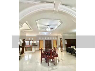 Disewa - BALIKUBU. COM | AMR-250. RM. SAS-EY15. RN-4 Disewakan Rumah 4 Kamar Jl Tukad Musi Renon