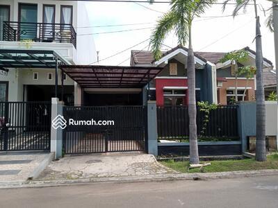 Disewa - 2 Bedrooms Rumah Harapan Indah, Bekasi, Jawa Barat