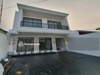 Dijual - New House 2 Lantai  AMERICAN STYLE, DESIGN KEKINIAN YANG LAGI HITS