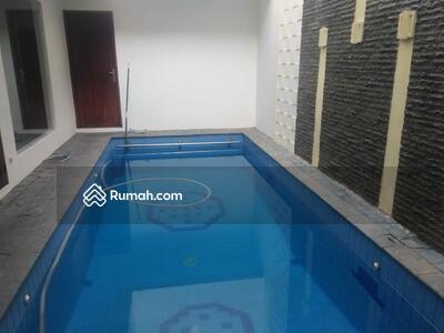 Dijual - Mewah baru 275 m² turun dari 10 M ke 7 M cilandak