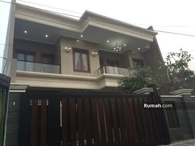 Dijual - Dijual Rumah Mewah Minimalis 3 lantai lokasi Jatiwaringin Asri Pondok Gede