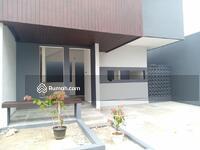 Dijual - Rumah 2 Lantai Lokasi Strategis Akses Tol Serpong