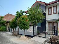 Dijual - Rumah Bagus ,  Kokoh  , Aman & Nyaman di Kemang Pratama Bekasi