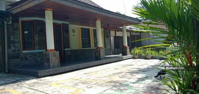 Dijual - Rumah Murah Lokasi Bisnis Sayap Jl. Riau Jl. Bengawan Bandung