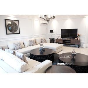 Disewa - For Rent : Penthouse at Apartement Kusuma Chandra SCBD