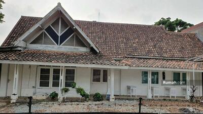 Dijual - Rumah lama hitung tanah, di Kemayoran baru, Jakarta Selatan