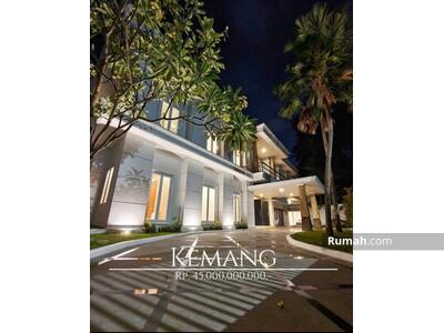 Dijual - Luxury Tropical House @Ampera Kemang 1100sqm for sale 45M