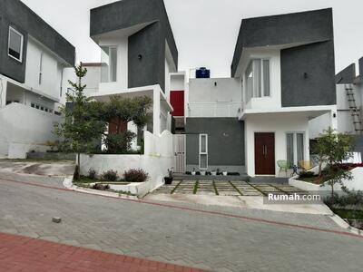 Dijual - Bisa Tambah Kolam Renang Rumah Villa Strategis View Keren Cocok Investasi & Hunian Dekat Kampus
