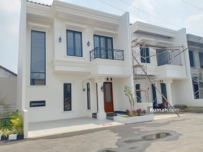Dijual - Rumah BARU MEWAH STRATEGIS dlm Cluster dkt Mall Pondok Gede di Jati makmur dkt Jatiwaringin