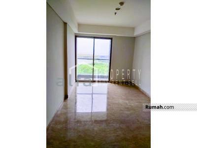 Dijual - Dijual Cepat Apartemen Gold Cost PIK 2 BR Luas 113 m2 Semi Furnish
