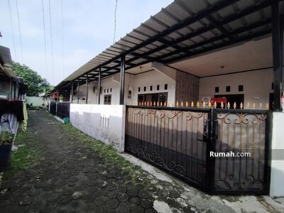 Dijual - Dijual Rumah di Jembatan Serong Cipayung, Lahan Luas Mobik Masuk Harga Pasar Siap Huni