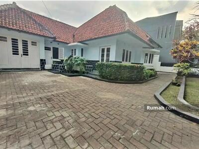 Dijual - Rumah Antik Sayap Riau, Lokasi ISTIMEWA, Jarang Ada! Sangat Terawat