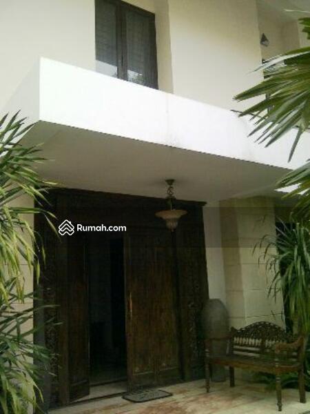 1060+ Gambar Rumah Minimalis Ada Kolam Renang HD