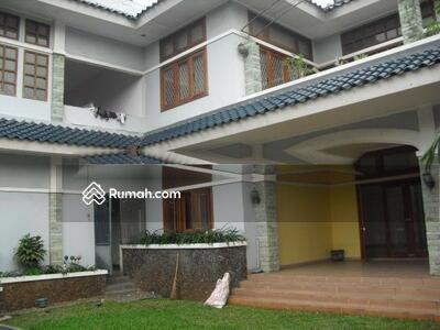 Dijual - 5 Bedrooms Rumah Kemang, Jakarta Selatan, DKI Jakarta
